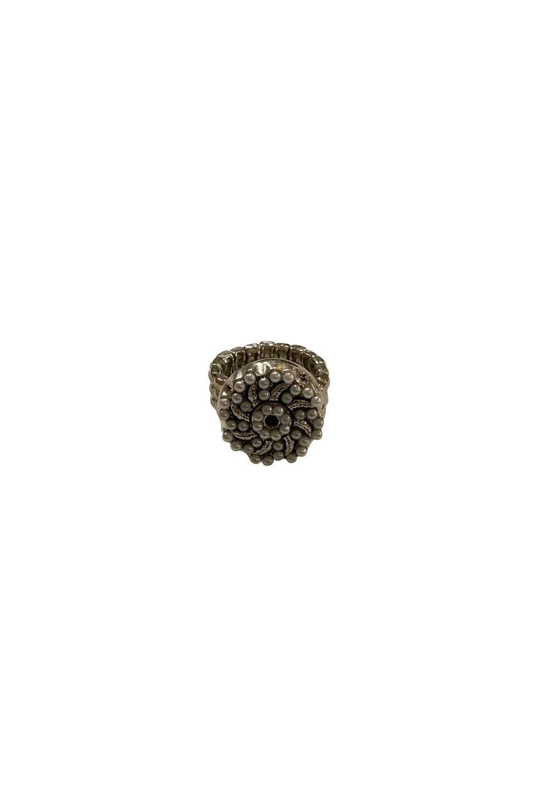 House and Garden Boutique Pearl Snap Ring - Main Image