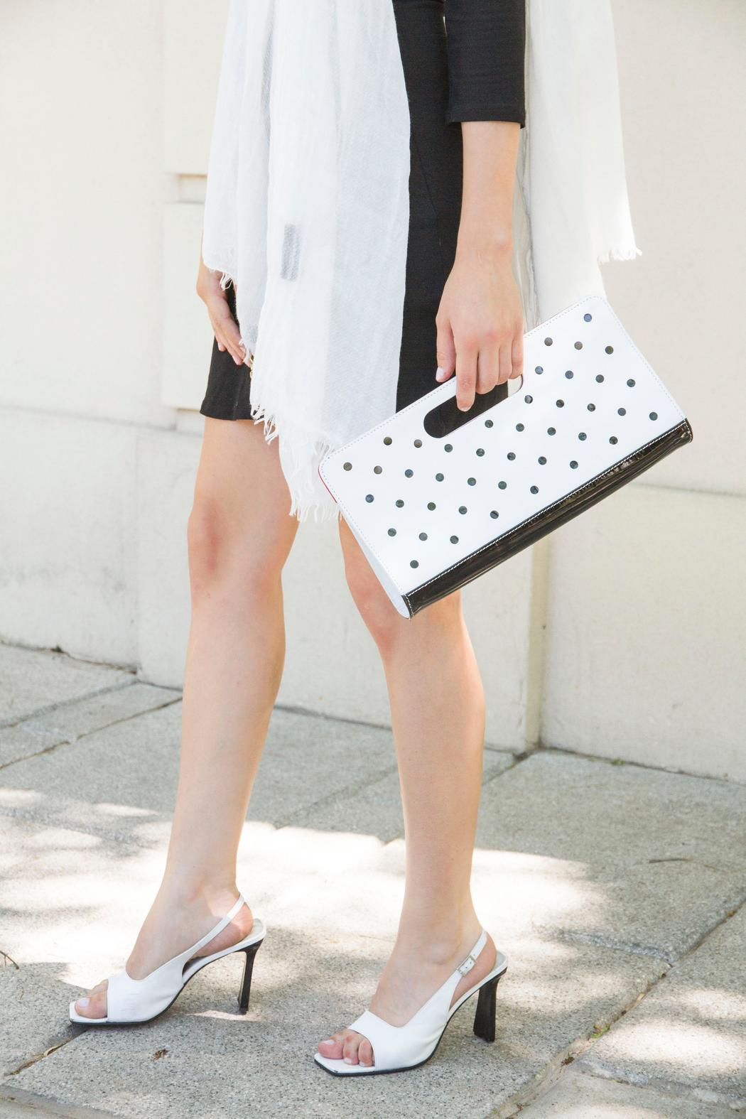 HUMAWACA Dot Leather Clutch - Side Cropped Image