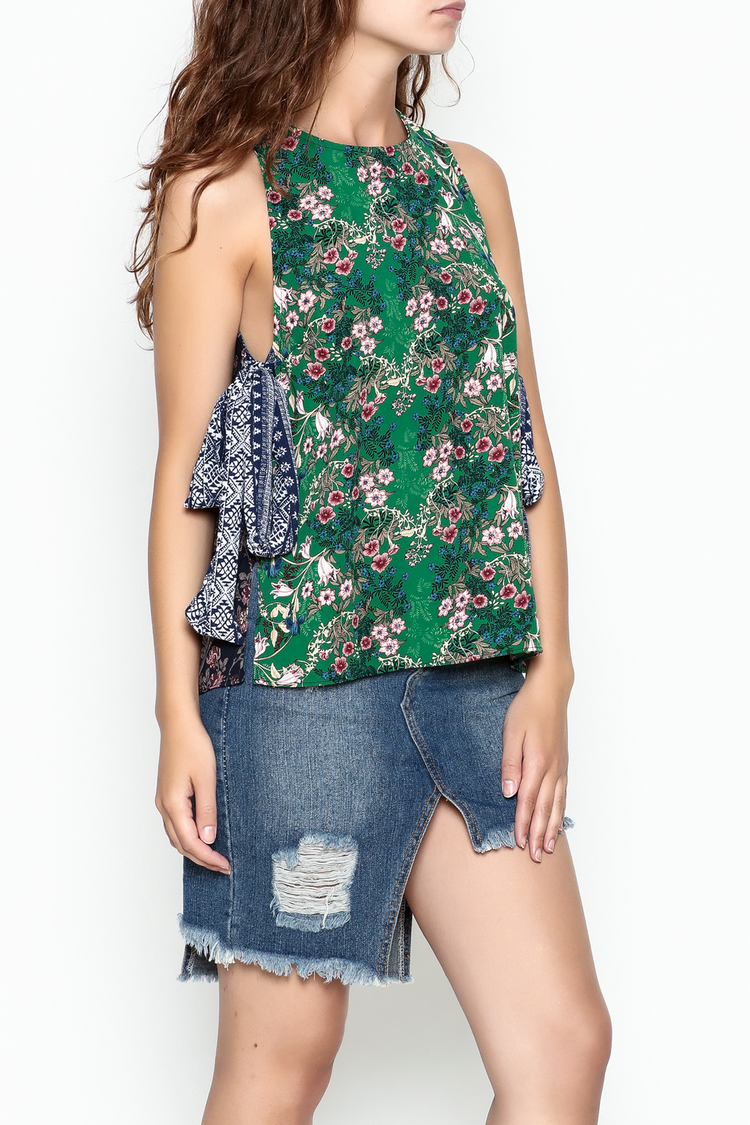 hummingbird Mix Print Top - Side Cropped Image