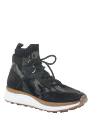 OTBT Hybrid Pine Sneaker - Front cropped