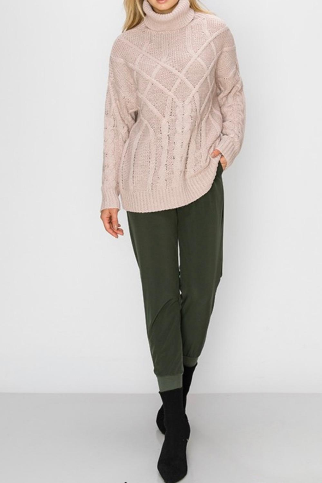 HYFVE Oversized Cable-Knit Sweater - Side Cropped Image