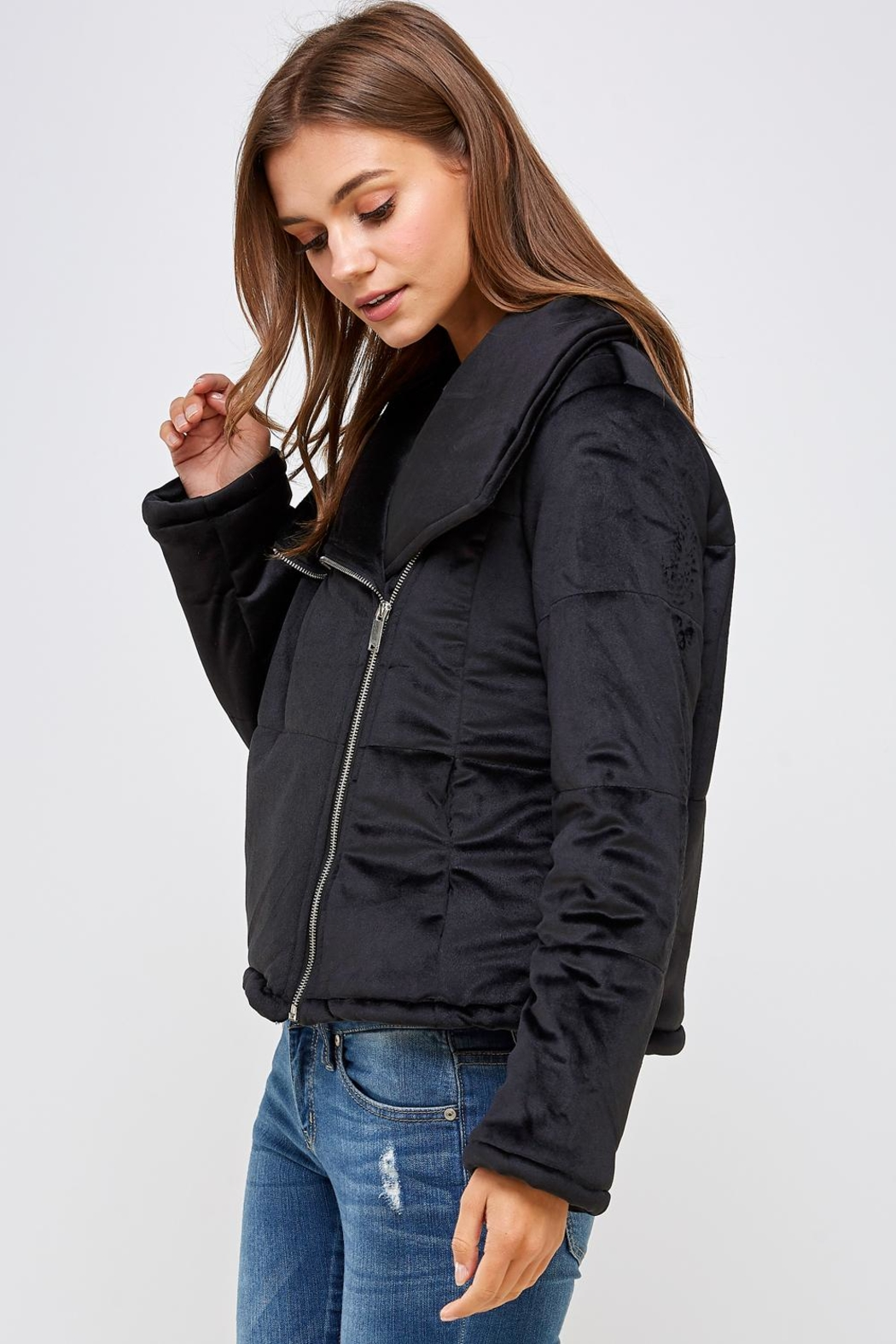 HYFVE Shawl Puffer Jacket - Side Cropped Image