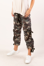 Lovestitch  HYPE CAMO CAPRIS - Product Mini Image