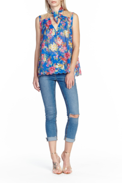 c89955965 ... Aratta I Guess Sleeveless Blouse - Product List Image