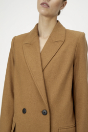 Just Female Ibi Coat - Front full body