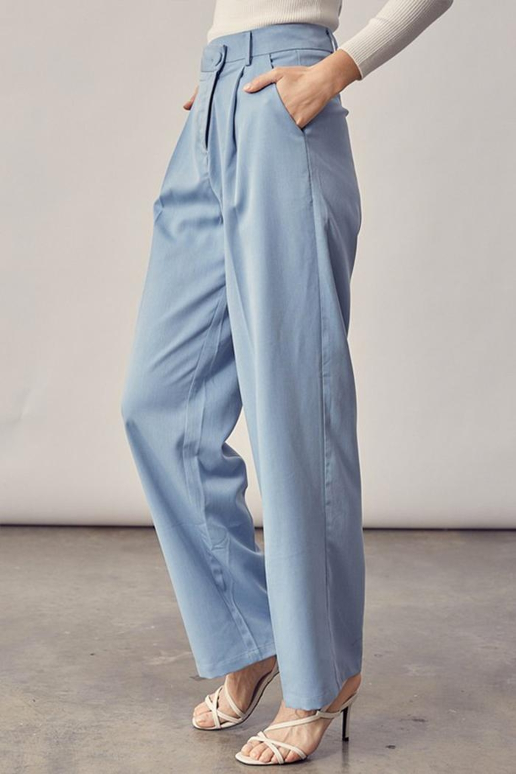 Idem Ditto  Asymmetrical Button Pants - Side Cropped Image