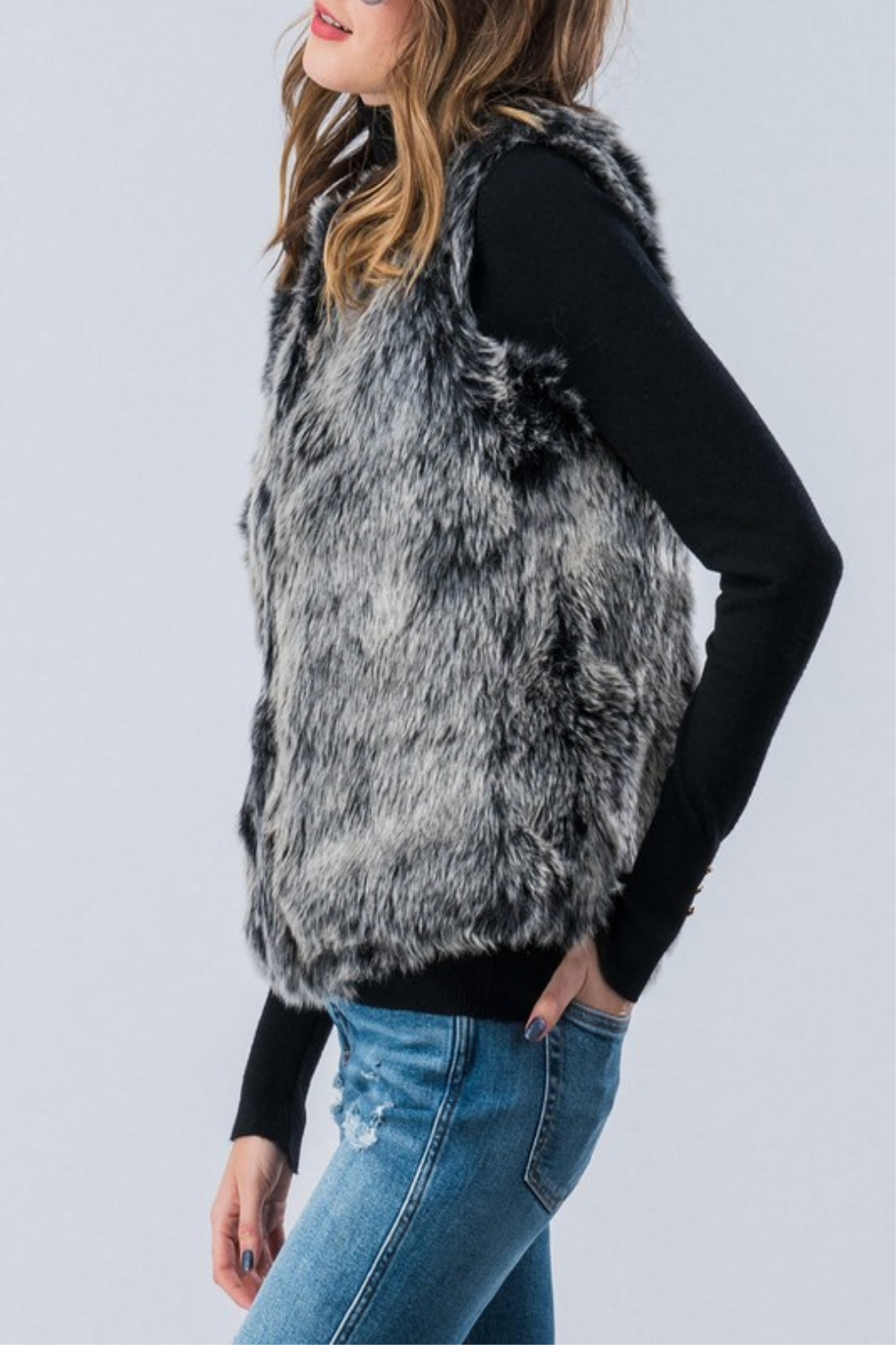 Trend:notes Igloo Vest - Front Full Image