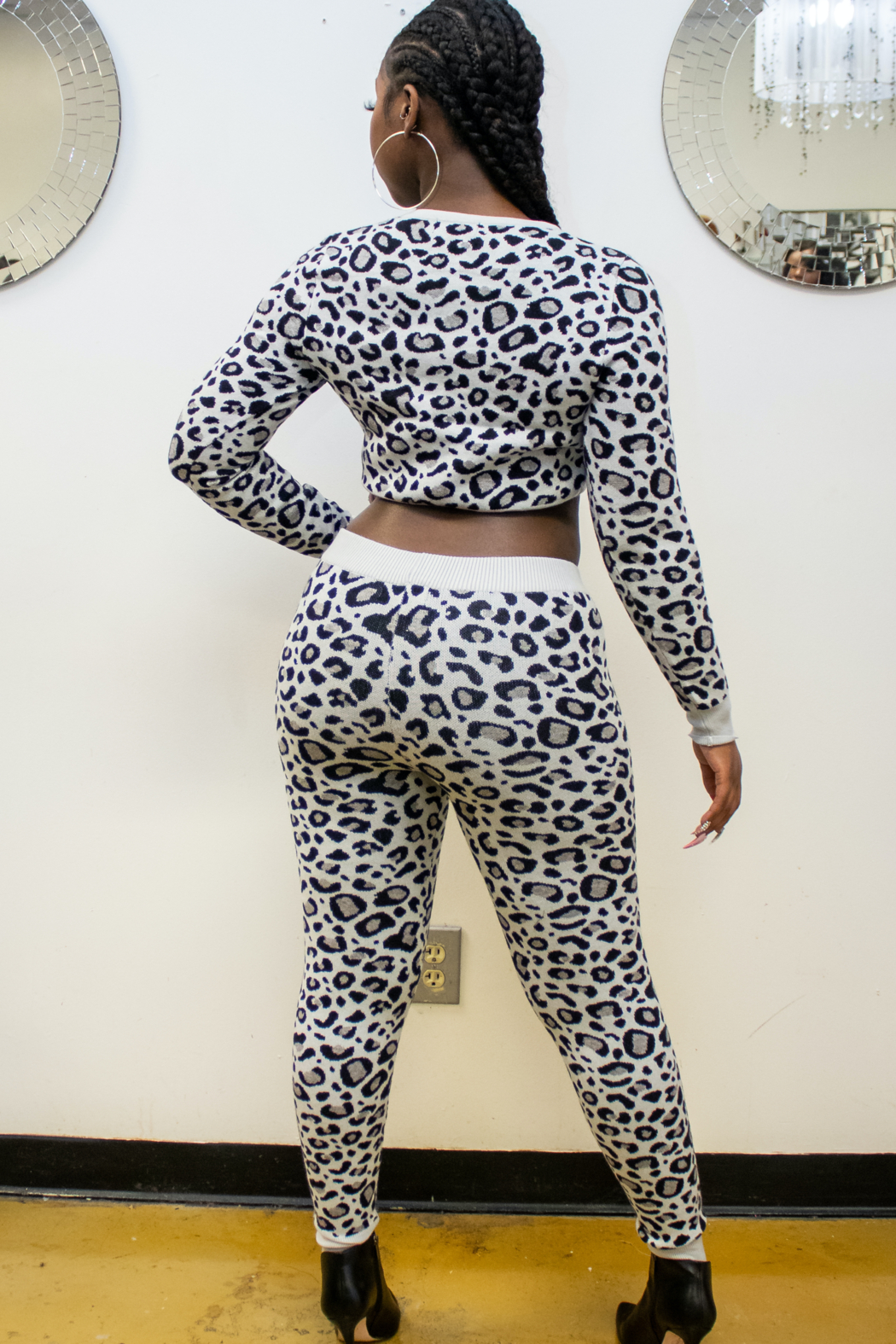 36 POINT 5 IM  A CHEETAH - Front Full Image