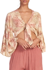 Elan IN THE GROOVE TOP - Front cropped