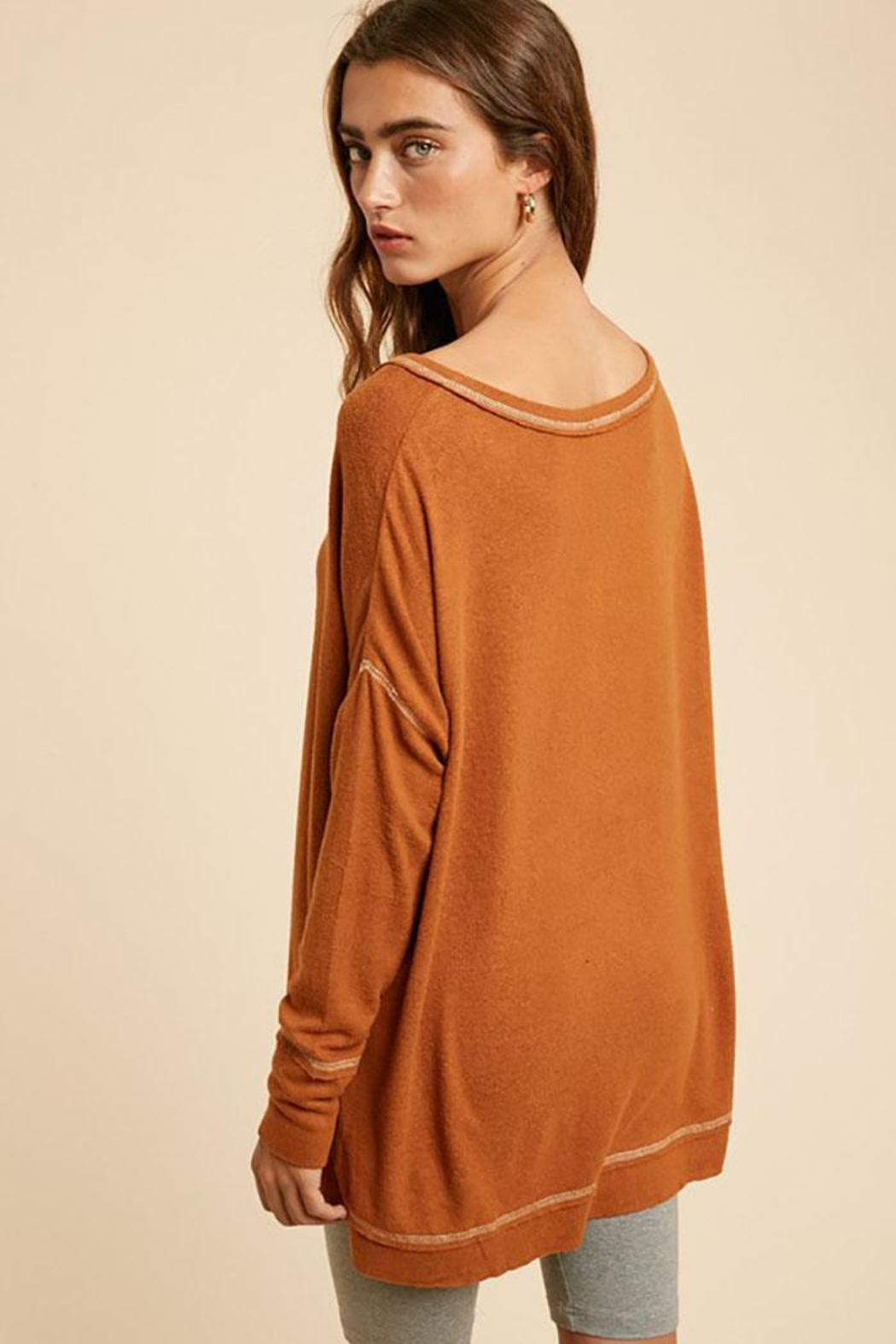 In Loom Long Sleeve Unique Contrast Tape Henley Tunic Top - Side Cropped Image