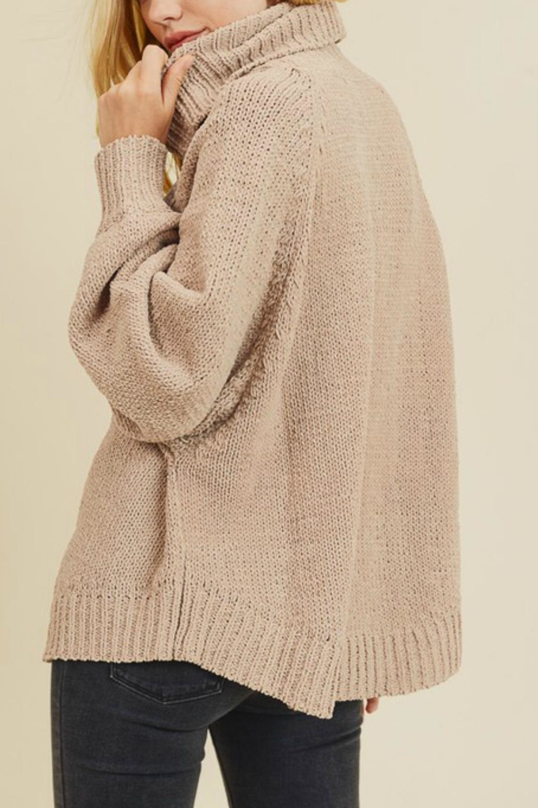 In Loom Matte Cable-Knit Turtleneck - Side Cropped Image