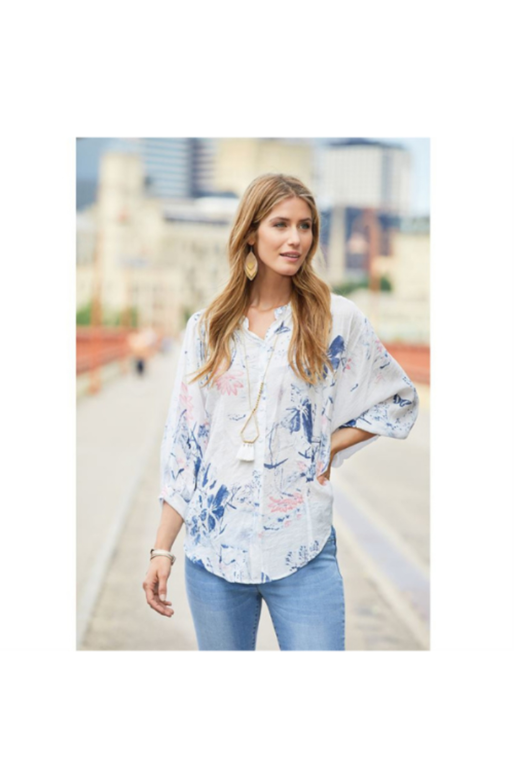CoCo and Carmen  INDIE FLORAL BALLOON SLEEVE BLOUSE - Front Full Image