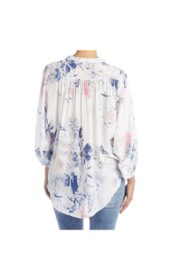 CoCo and Carmen  INDIE FLORAL BALLOON SLEEVE BLOUSE - Back cropped