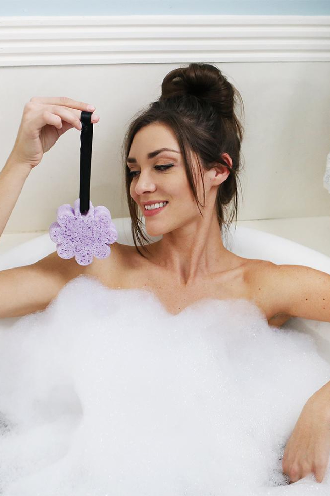 Spongelle INFUSED BODY BUFFER FRENCH LAVENDER - Back Cropped Image