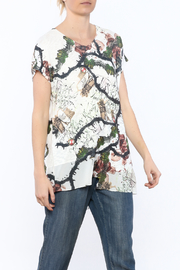 Inoah Vine Print Tunic Top - Product Mini Image