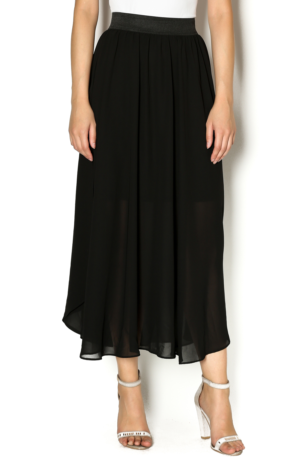 This split skirt is a perfect fit and is exactly what I was looking for. It is a little longer the the others I have, which are too short to wear in the winter. The /5(26).