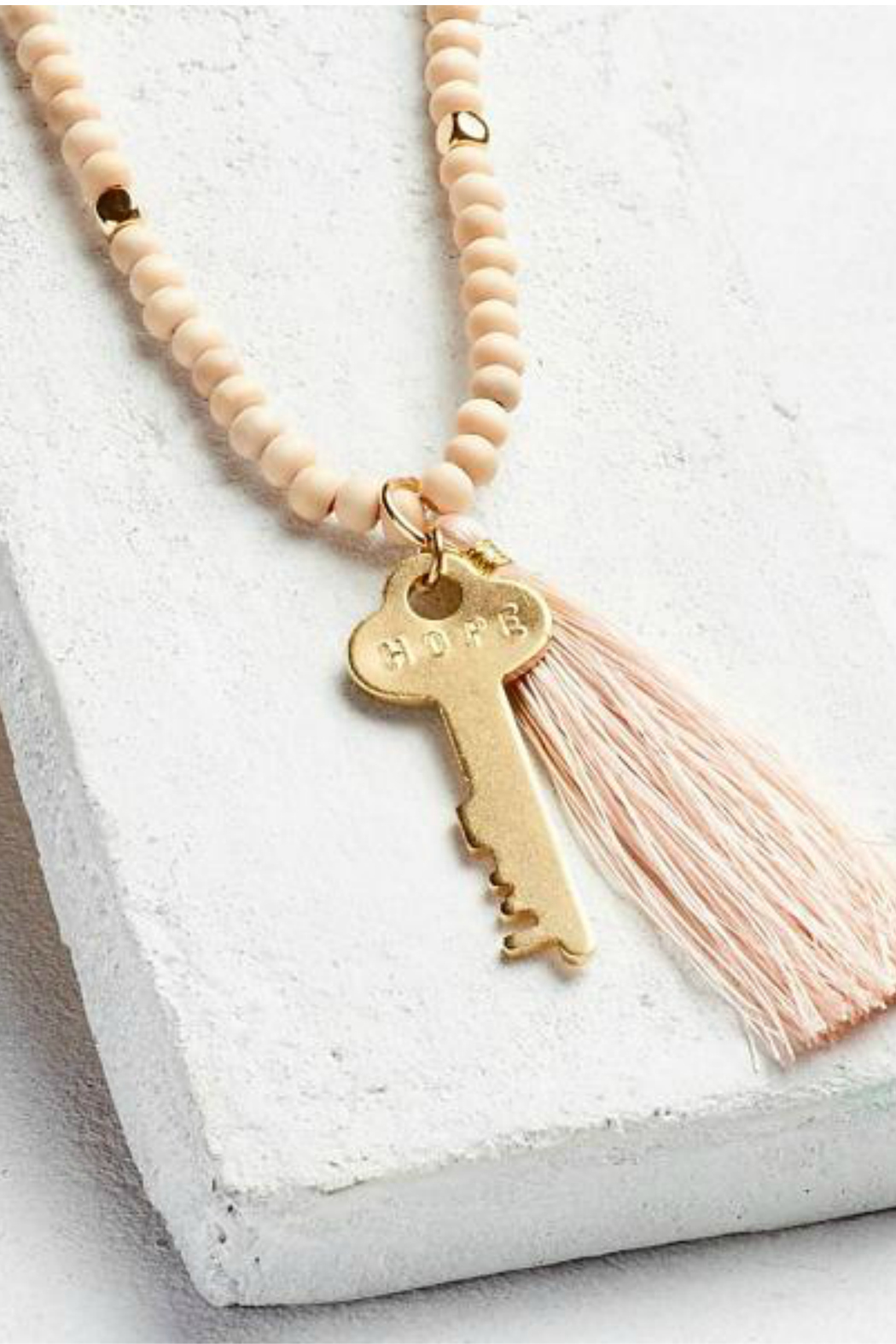The Giving Keys Inspirational Bead Necklace - Front Cropped Image