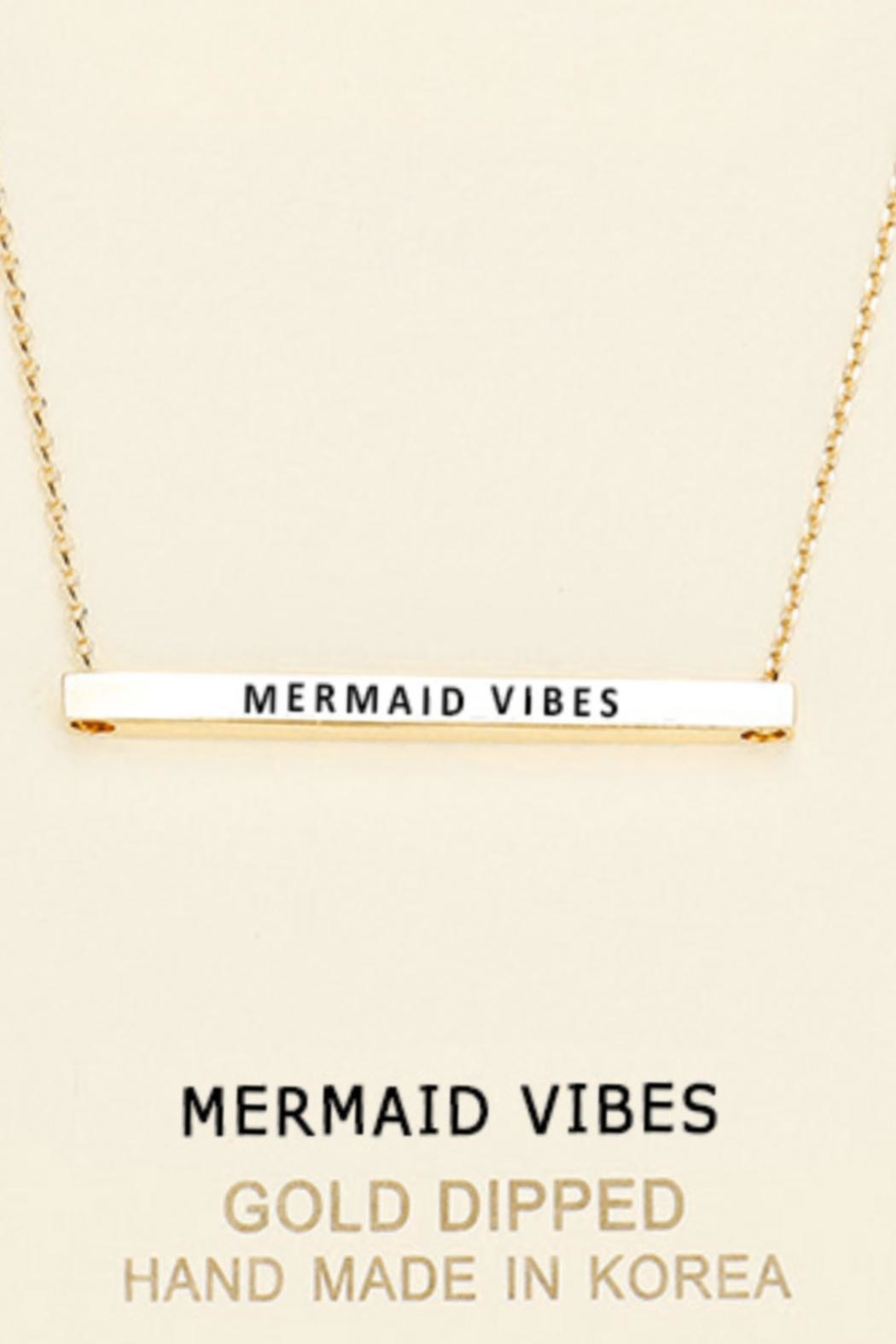 Embellish Inspirational Mermaid-Vibes Necklace - Front Cropped Image