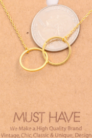 Must Have Interlock Circle Necklace - Front full body