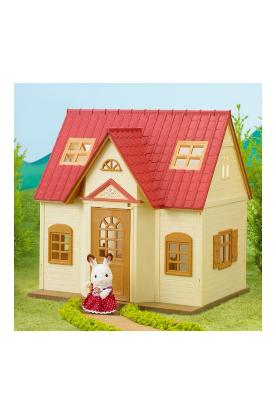 International Playthings Cottage Starter Home - Front Full Image
