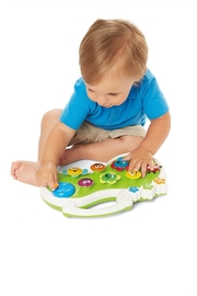 International Playthings Musical Blooming Garden - Front cropped