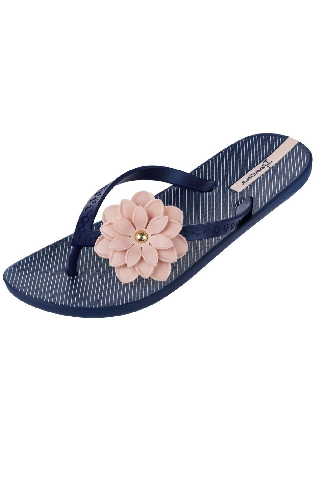 446411df4ba355 Ipanema Neo Flora Flip-Flops from Pennsylvania by Well-Heeled ...