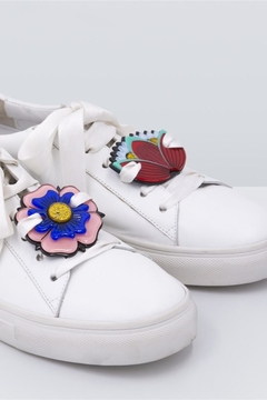 Iphoria Sneakers Patches - Alternate List Image