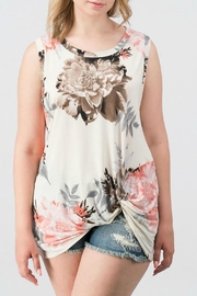 Trend:notes Isabella Ivory Sleeveless - Product Mini Image