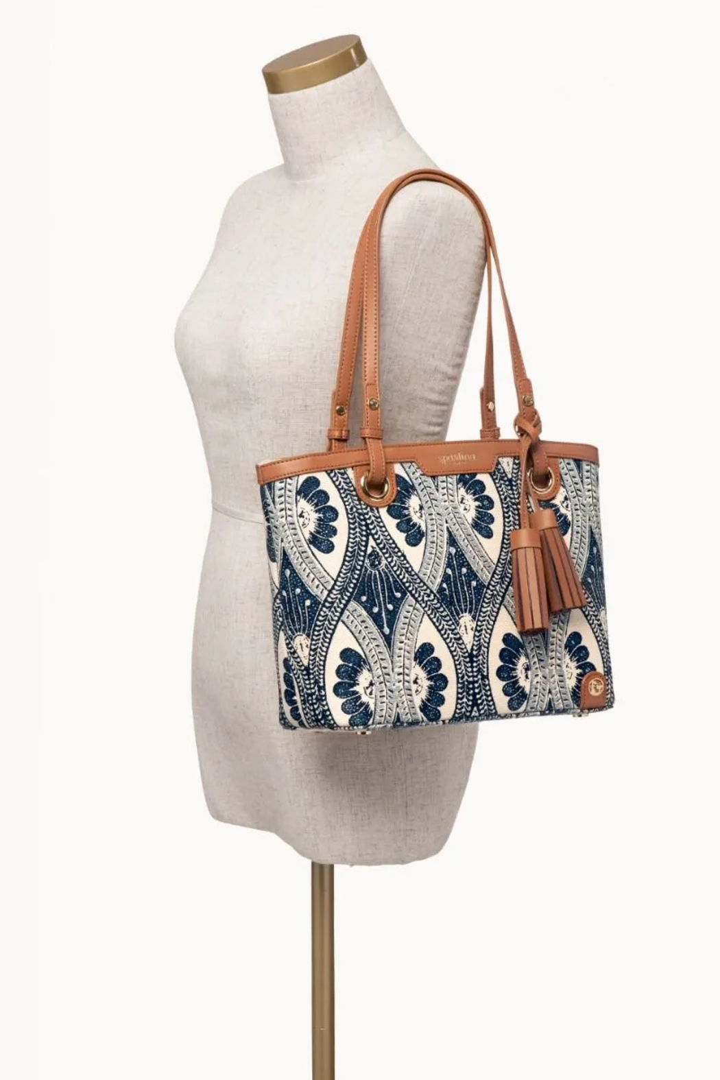 Spartina 449 Island Tote - Side Cropped Image