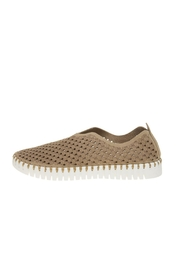 Isle Jacobsen Tulip Slip-Ons - Front cropped