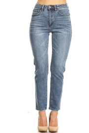it's me High-Rise Mom Jean - Front cropped