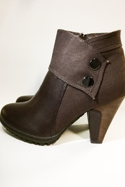 Italiana Boots - Product Mini Image