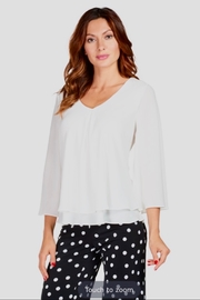 Frank Lyman Ivory 3/4 sleeve blouse - Product Mini Image
