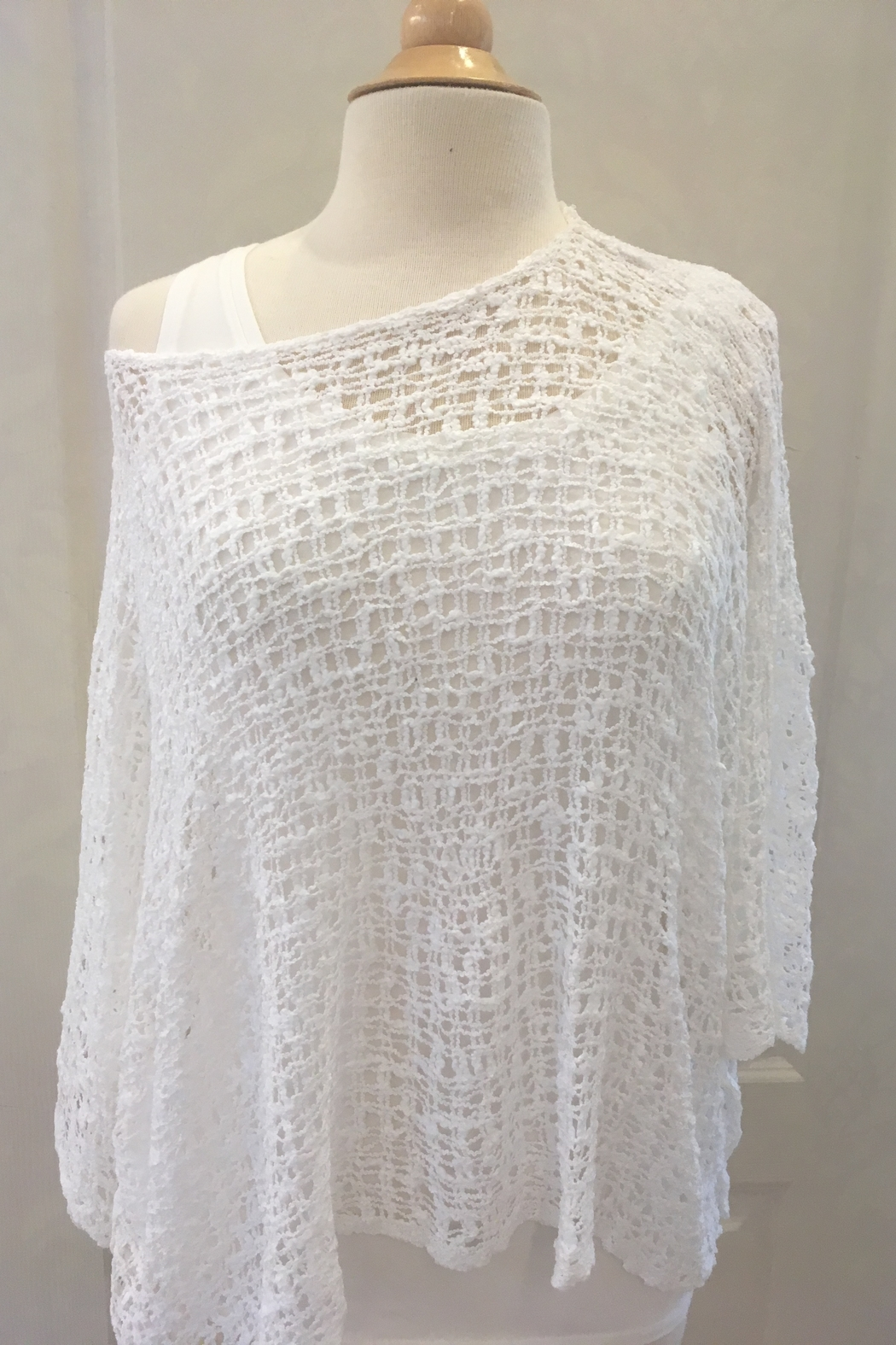 Marble Ivory crocheted over sweater with three-quarter sleeve - Front Full Image