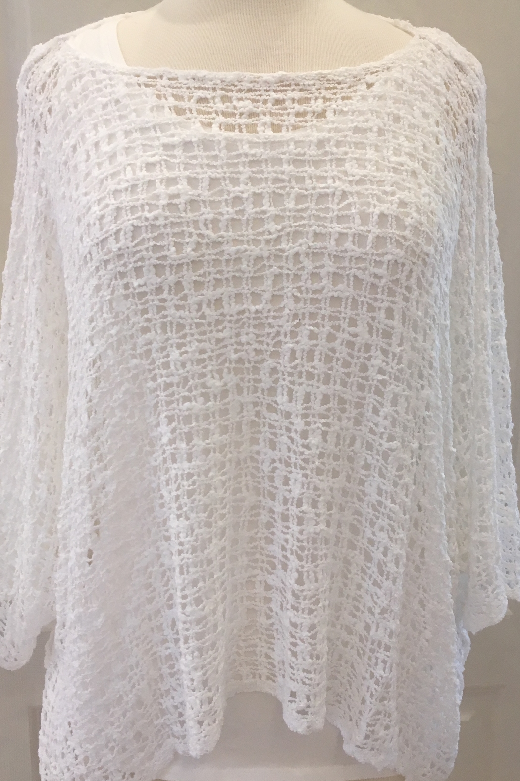 Marble Ivory crocheted over sweater with three-quarter sleeve - Main Image