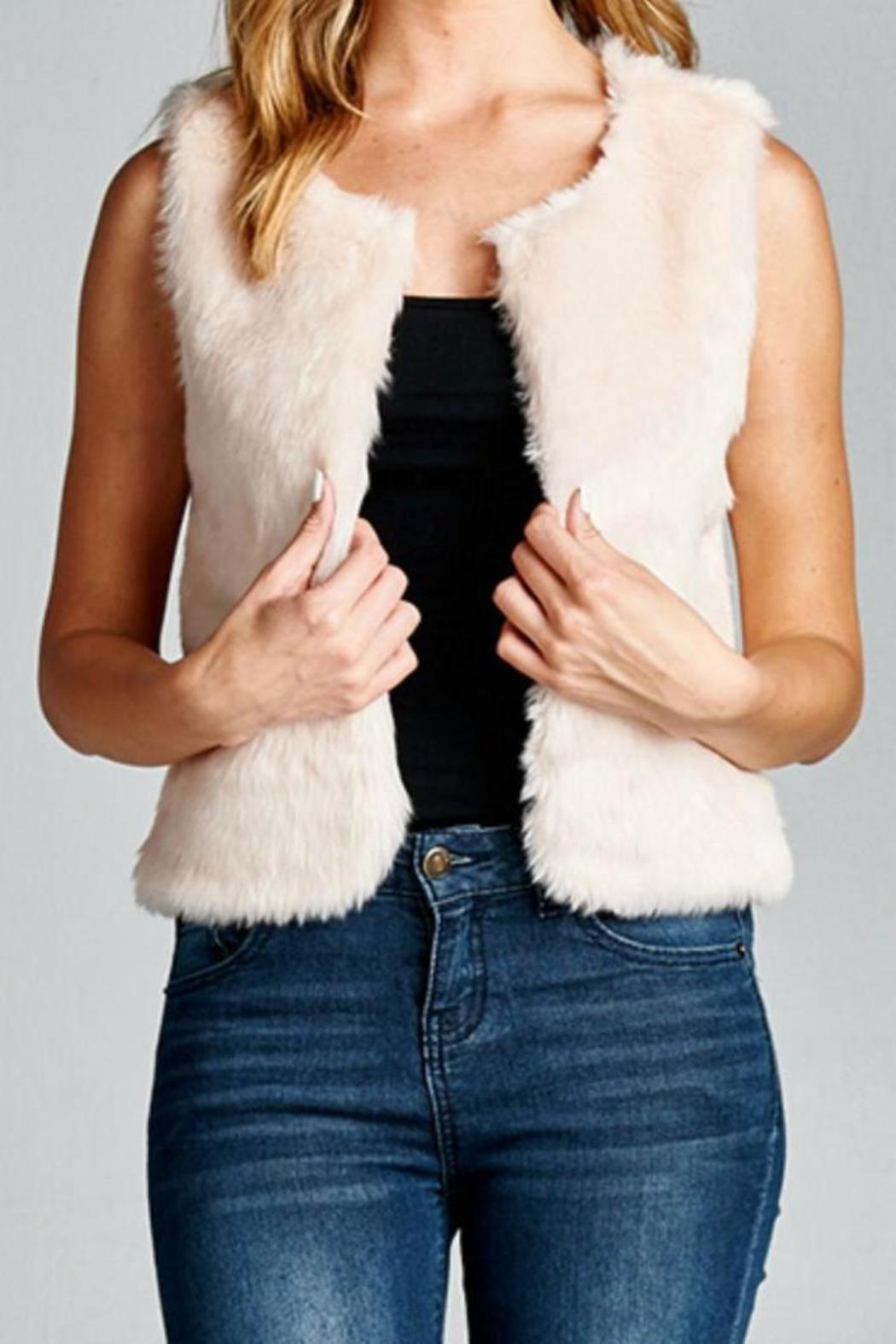 Varying lengths, a spectrum of colors that runs the gamut, and different animal textures make certain that there exists a fur vest style for any sort of woman.