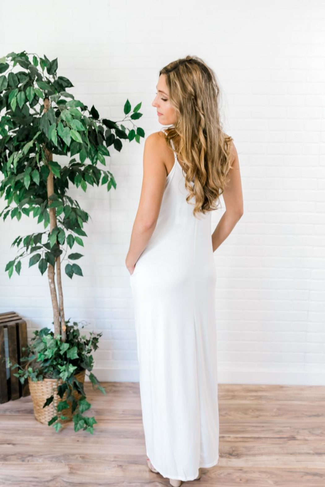 Izzie's Boutique Best White Maxi - Front Full Image