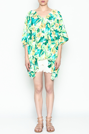 Izzy & Lola Tropical North Tunic - Front full body
