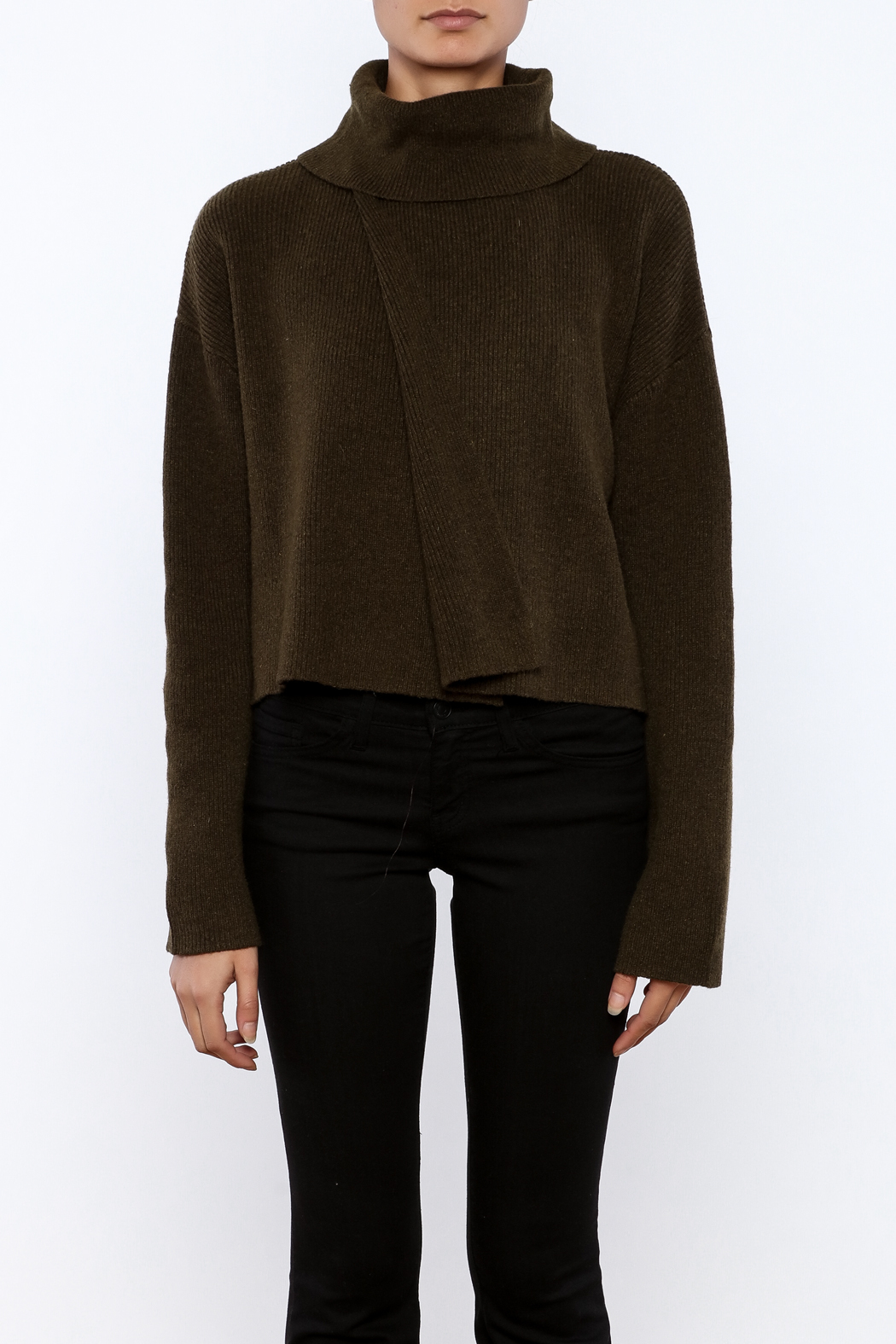 J.O.A. Turtleneck Crop Sweater - Side Cropped Image