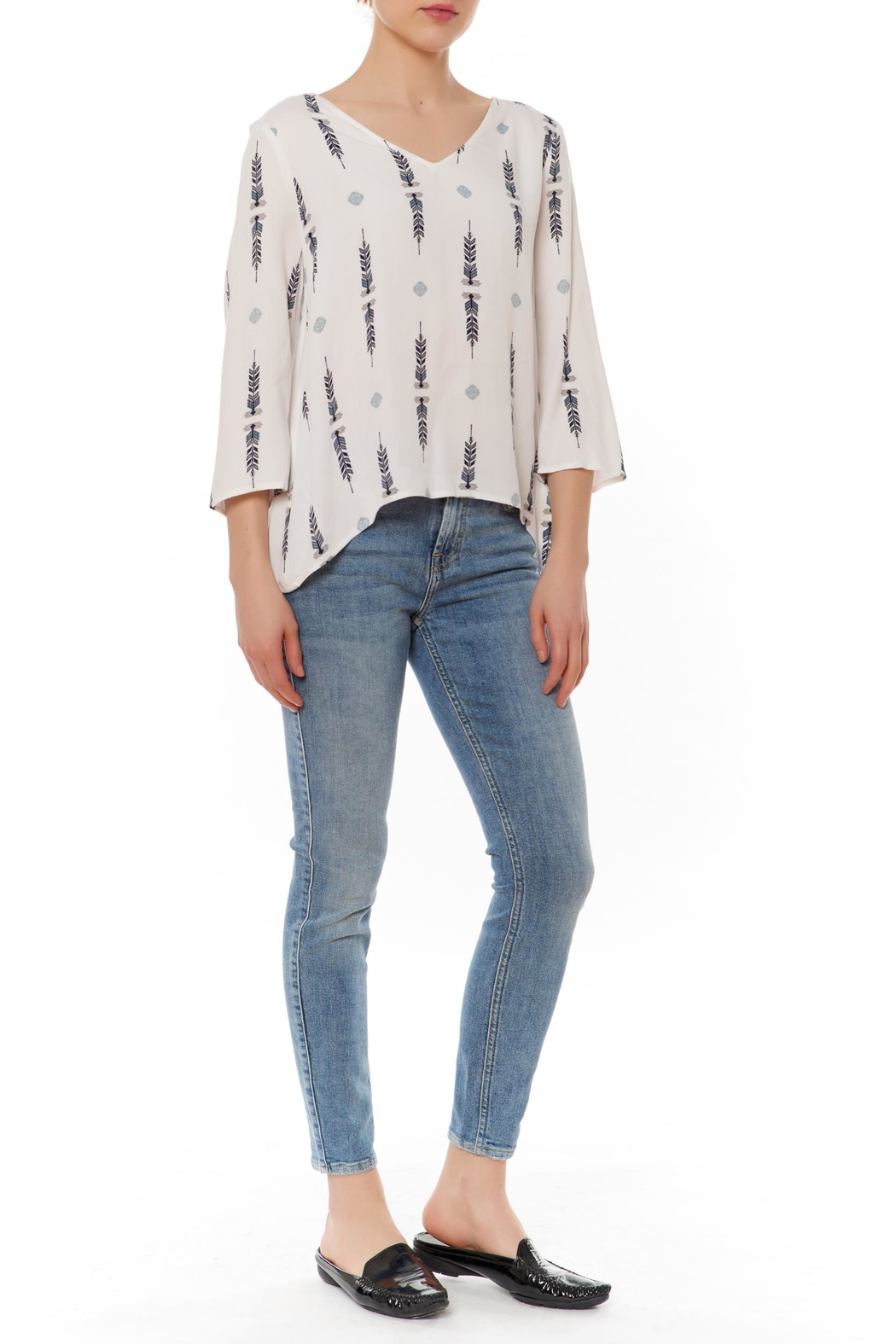 Jack by BB Dakota Puan Lightweight Blouse - Front Cropped Image