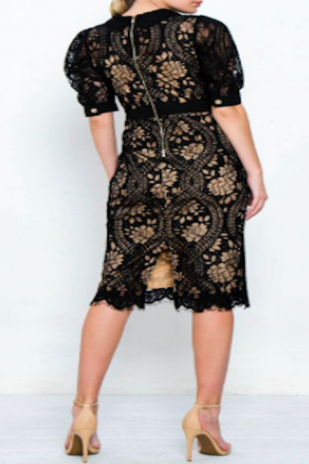 Strawberry & Cream Jackie Lace Dress - Side Cropped Image