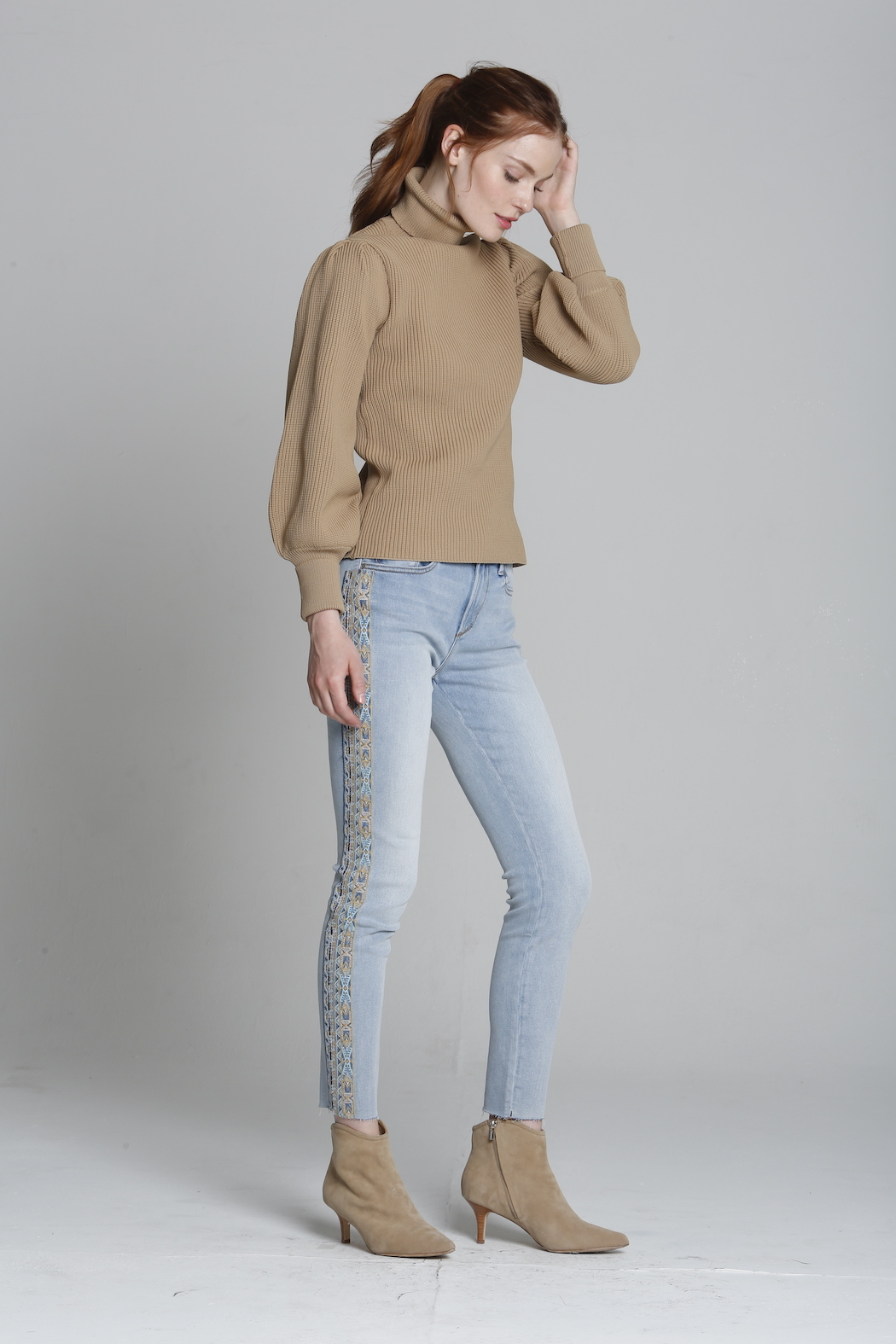 Driftwood Jackie X Blue Taupe Embroidered Jeans - Front Full Image