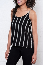 Jacqueline de Yong Epic Relaxed Singlet - Front full body