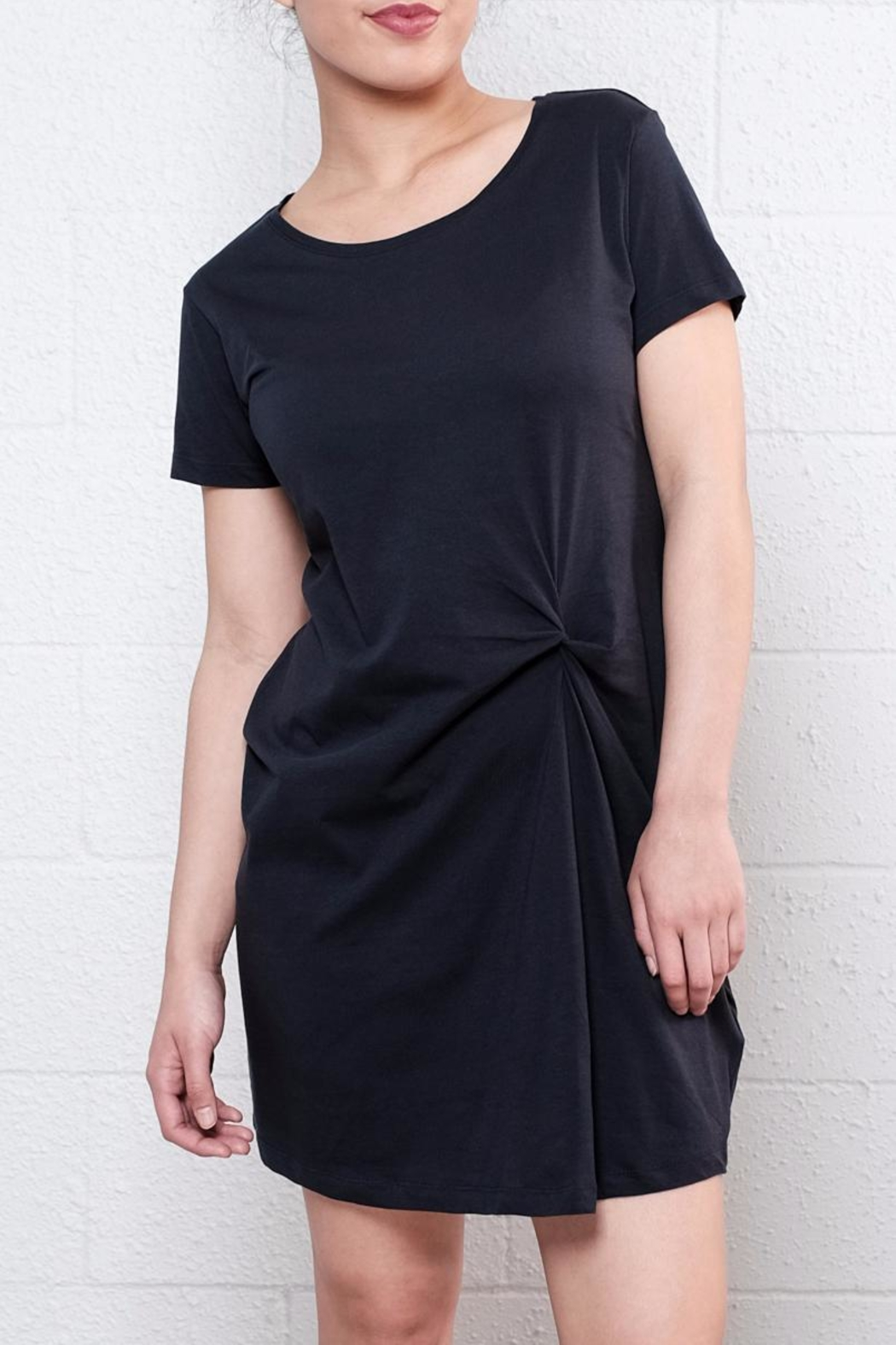 Knot Front Jersey Dress - Black Jacqueline de Yong Outlet Visit Free Shipping 100% Authentic Cheap Sale Visit New Discount Very Cheap Fashionable AwlUyiiTV