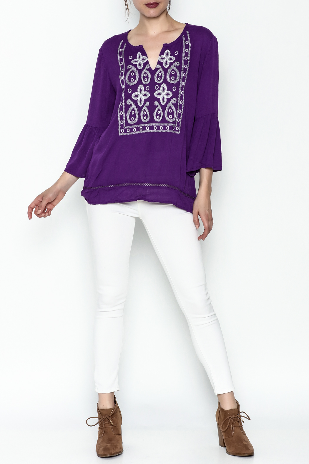 Jade Paisley Embrodered Top - Side Cropped Image