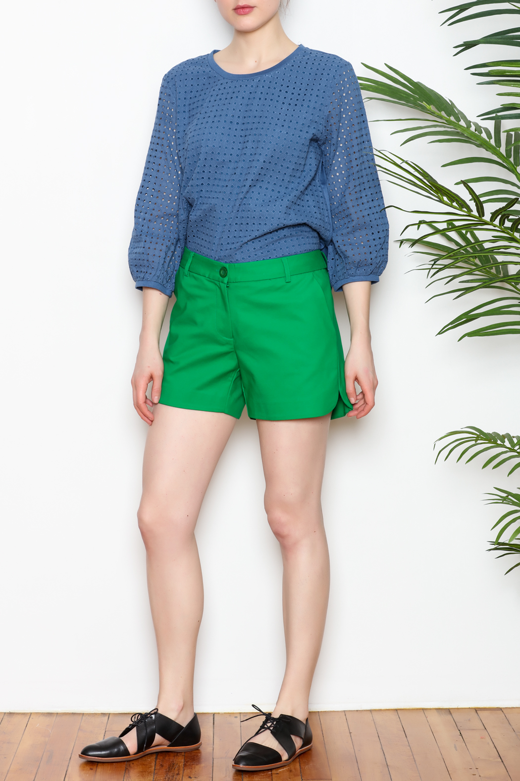 Jade Shorts Side Rounded - Front Full Image