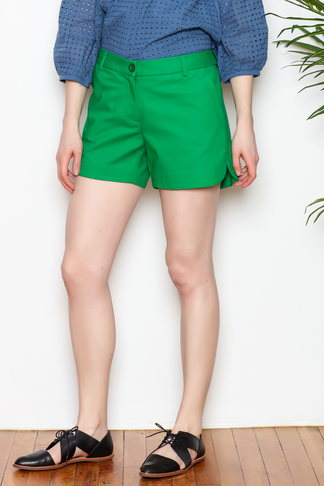 Jade Shorts Side Rounded - Front Cropped Image