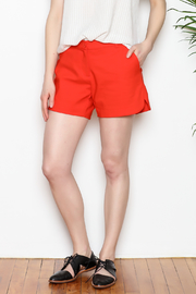 Jade Shorts Side Rounded - Front full body