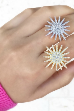 Jaimie Nicole Large-Gold Starburst Ring - Alternate List Image