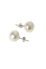 Jane's Pearl World Freshwater Pearl Studs - Product Mini Image